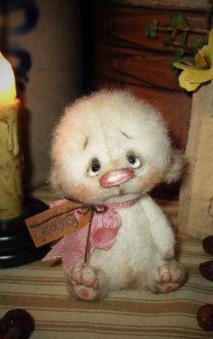 Sweetness Bear By Patti Sikes of Patti's Ratties - Bear Pile