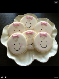 baby cookies using a round cookie cutter. Great selection of cookie… Fancy Cookies, Iced Cookies, Cute Cookies, Cupcake Cookies, Sugar Cookies, Cupcakes, Owl Cookies, Baby Girl Cookies, Baby Shower Cookies