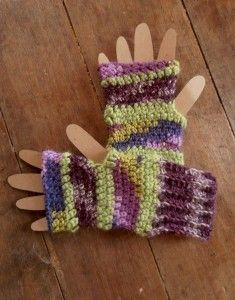 cute fingerless mittens to crochet... free pattern
