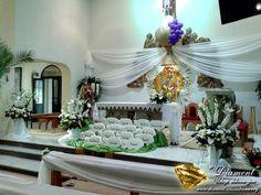 First Communion Decorations, Centerpieces, Table Decorations, Vogue, Image, Home Decor, Altars, Decoration Home, Room Decor