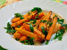 Salad from baked carrots with orange sauce!
