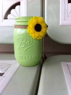 Hey, I found this really awesome Etsy listing at https://www.etsy.com/listing/193724902/green-painted-mason-jar-with-sunflower