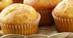 Többféle muffin recepttel próbálkoztam már, de valahogy egyik sem ízlett annyira, mint ez. Ezt lehet tunningolni reszelt almával, étcsokoládé darabokkal, magvakkal, kakaóval… mindenhogyan működik. Hozzávalók 12 darabra Liszt 250 g Sütőpor 3 teáskanál Só 1 kávéskanál Cukor 80 g Barna cukor4 evőkanál Tojás 1 db Tej 2,5 dl Olaj 0,5 dl Elkészítés 1A cukrokat a … Muffins, Breakfast, Food, Oven, Food Portions, Food Food, Morning Coffee, Muffin, Essen
