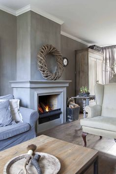 Renovated corner house in Nijkerk – vtwonen.be - Decoration For Home Home Fireplace, Fireplace Design, Home Living Room, Living Room Decor, Eckhaus, Small Bedroom Designs, Corner House, Living Room Inspiration, Home Fashion