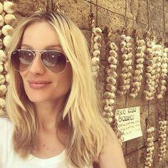 #RenataZanchi Renata Zanchi: Malocchio-proof  #aglio #ail #ajo #knoblauch #чеснок #garlic #bio #biologic #organic #evileye #evileyeproof #viailmalocchio #breath #healthy #Sorano #italy #italia #toscana #tuscany #model #renatazanchi #rz #rzisalwaysaround #blonde #italianmodel
