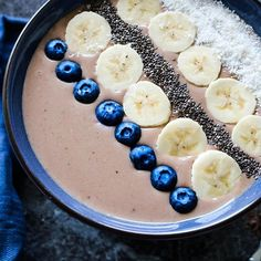 live more - worry less and eat more smoothie bowls 😋 . Smoothie Bowl, Smoothie Recipes, Acai Bowl, Bowls, Healthy Lifestyle, Food Photography, Food Porn, Sweets, Healthy Recipes