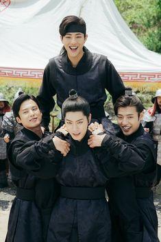 I miss this drama and the cast😭 Hong Jong Hyun, Jung Hyun, Hyun Ji, Lee Jun Ki, Lee Joon, Asian Actors, Korean Actors, Moon Lovers Scarlet Heart Ryeo, Moon Lovers Drama