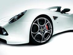 Alfa Romeo 8C Spider work of art