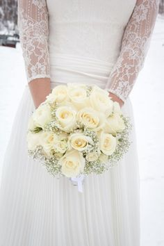 23 Gorgeous Winter Wedding Bouquets | Style Motivation