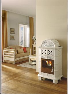 die klassischen kachelofen von castellamonte sind echte blickfanger, interesting wood stoves we'd love to cozy up to | stoves | pinterest, Ideen entwickeln