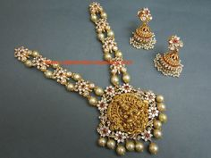 Nakshi Work Temple Jewellery Necklace with Pearls - Latest Indian Jewellery Designs Long Pearl Necklaces, Pearl Jewelry, Wedding Jewelry, Gold Jewelry, Jewellery Bracelets, Charm Necklaces, Jewlery, Pearl Earrings, Bangles
