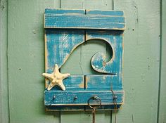 Perfect Beach themed key rack!