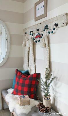 Christmas Vignette + FREE Printable {Merry + Bright}