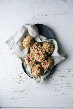 These healthy vegan muffins are so moist and delicious! Made with spelt flour, naturally sweetened with maple syrup, and topped with a nut & oat crumble.