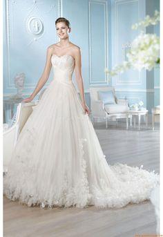 Suknia ślubna St.Patrick Asia 2014