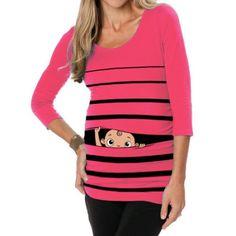 Vêtements rigolos de femme enceinte