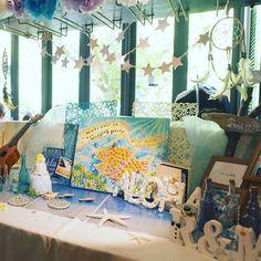 @sealoveweddingのInstagram 「✿披露宴レポ/ウェルカムボード✿ 集めに集めた海小物たちと、カナダのアーティストの友人にお願いして描いてもらったウェルカムボード・:*ೄ‧͙·*…」