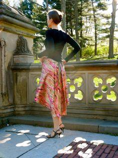 Argentine Tango dance skirt. $65,00, via Etsy.
