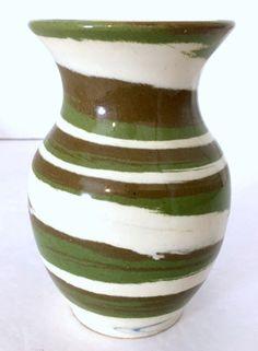 """Vintage Vase DESERT SANDS Pottery  5.5""""H Green Beige Brown Mission Swirl VGUC #DesertSands #MissionSwirl"""