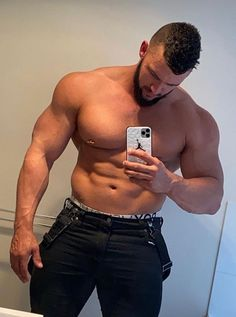 Men Tumblr, Beefy Men, Hair And Beard Styles, Latest Hairstyles, Muscle Men, Man Crush, Stylish Men, Hot Guys, Hot Men