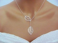 Leaves necklace, pretty natural accent