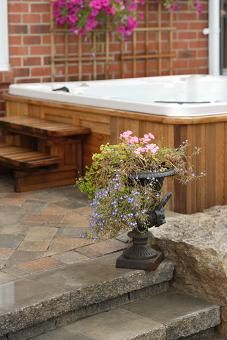 Spa & Hot Tub Design Photos & Ideas - Great Spa Design Pictures for Your Next Outdoor Project