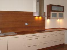 Wykonujemy meble do kuchni na wymiar już od ponad 20 lat dla naszych klientów z Warszawy oraz z okolicznych miejscowości.