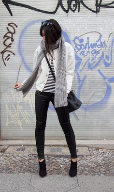 monochromatic outfit, black and white outfit, what to wear with stripes, white bomber jacket, blush shop, aldo booties, berlin fashion blogger, what i wore, personal style, fashion blogger, german blogger, not your standard, kayla seah, berlin blogger, winter outfit ideas
