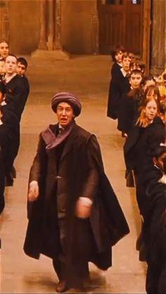 Harry Potter Gif, Young Harry Potter, Mundo Harry Potter, Harry Potter Icons, Theme Harry Potter, Harry Potter Pictures, Harry Potter Aesthetic, Harry Potter Universal, Harry Potter Characters