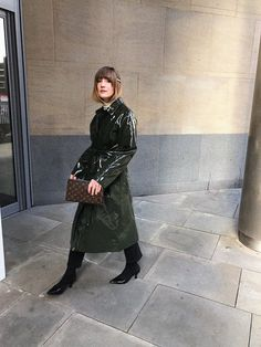 Once you get into the PVC trend, you really can't get out of it (sometimes, literally - think Ross from Friends. Vinyl Raincoat, Pvc Raincoat, Patent Trench Coats, Bronze, Cosplay Outfits, Rain Wear, Fashion Editor, Unisex, French Fashion