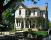 I am going to make our new home a victorian.  It needs to be restored to it's natural beauty.  It has been neglected for years.  It was built in the 1800's and was probably a house to help slaves escape from slavery.  So cool!!!!