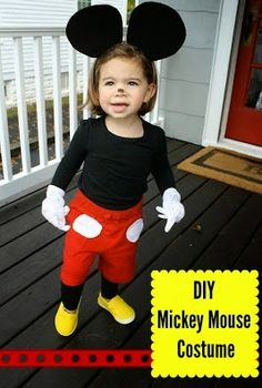 Simple Halloween Costume for kids DIY Mickey mouse costume -Cute! Drew wants to be Mickey mouse this year. Mickey And Minnie Costumes, Mickey Mouse Halloween Costume, Diy Halloween Costumes For Kids, Cute Costumes, Disney Costumes, Disney Halloween, Baby Costumes, Baby Halloween, Costume Ideas