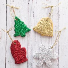 SALT DOUGH ORNAMENTS – these salt dough ornaments are so easy to make and turn out so pretty! Make these as gifts or as an easy Christmas craft for kids to make. Preschoolers and Kindergarten classes can easily make these too! See the full recipe tutorial Kids Crafts, Toddler Crafts, Easy Diy, Diy Crafts For Kids Easy, Toddler Snacks, Easy Christmas Ornaments, Diy Christmas Gifts, Easy Christmas Recipes, Christmas Crafts For Kids To Make Toddlers
