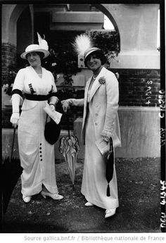 A Deauville : Modes , 1913  -- Kentucky Derby is this Sunday - will we see anything this fabulous?