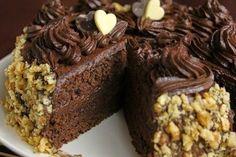 Предлагаю вашему вниманию шоколадный торт по ГОСТу. Как в старые добрые времена. Максимально оригинальный рецепт. Смотрим, как приготови...