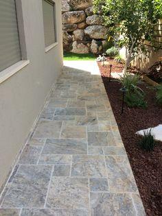 טרוונטין 4 גדלים גוון אפור Garden Paths, House Design, Patio, Flooring, Bedroom, Outdoor Decor, Home Decor, Gardens, Garden Design