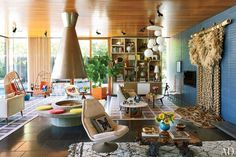 This space has a very cool vibe. -- Johnathan Adler and Simon Doonan's Shelter Island Retreat.