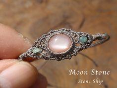 インド産 オレンジムーンストーンマクラメブレスレット - 天然石マクラメアクセサリー Stone Ship