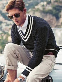 The collection web Der Gentleman, Gentleman Style, Cool Outfits For Men, Ivy League Style, Preppy Fall, Preppy Mens Fashion, Prep Style, Dapper Men, Well Dressed Men