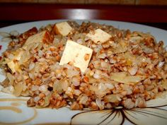 "Pohanka s uzeným tofu a kyselým zelím + "" škvarková "" pomazánka ~ KARIZÓNA - VEGANSKÉ RECEPTY Tofu, Seitan, Quinoa, Gluten Free, Recipes, Fitness, Bulgur, Glutenfree, Recipies"