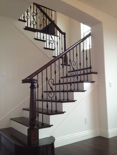 New unique indoor wood stairs design ideas you never seen before 25 – fugar Wood Railings For Stairs, Stairs Balusters, Wrought Iron Stair Railing, Wrought Iron Decor, Wood Staircase, Staircase Design, Iron Railings, Banisters, Iron Spindle Staircase
