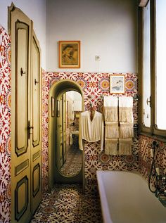 carlo-mollinos-bathroom-design-in-turin-italy