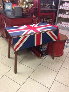 Union Jack drop leaf table