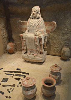 SPAIN / IBERIA (Pre-Roman Spain) - La Dama de Baza es una escultura íbera del siglo IVa.C., labrada en piedra caliza policromada por los bastetanos (tribu ibera). Se encuentra expuesta en el Museo Arqueológico Nacional de España, en Madrid. Esta obra fue encontrada el 22 de julio de 1971 por el arqueólogo Francisco José Presedo Velo en el Cerro del Santuario, necrópolis de la antigua Basti (Baza), en la provincia de Granada (España).