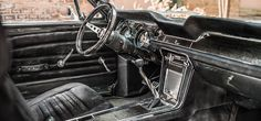 1967 Mustang interior by Carlex Design wows with a full leather and carbon fiber…