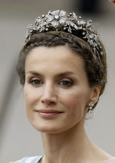 Then Princess Letizia of Asturias wearing the Mellerio Floral Tiara at the wedding of Princess Victoria & Daniel of Sweden