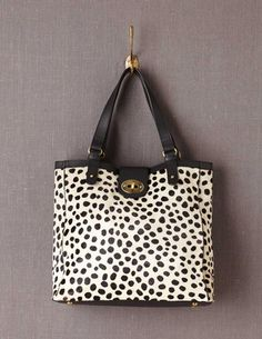 I've spotted this @BodenClothing Chelsea Bag Dalmatian