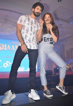Shahid Kapoor and Alia Bhatt at the launch of the song #Gulaabo from #Shaandaar…