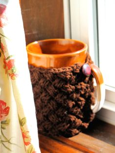 Basketweave Mug Sweater