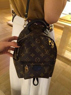 70686137b442 Louis Vuitton Monogram Palm Springs Backpack Mini Replica Lv Mini Backpack,  Backpack Outfit, Mini